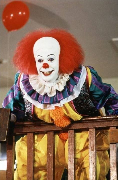 ab11d26bc3d6042e75e2beacf0a4bdf1--pennywise-the-dancing-clown-tim-curry