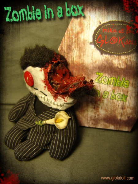 Zombie in a Box N°15